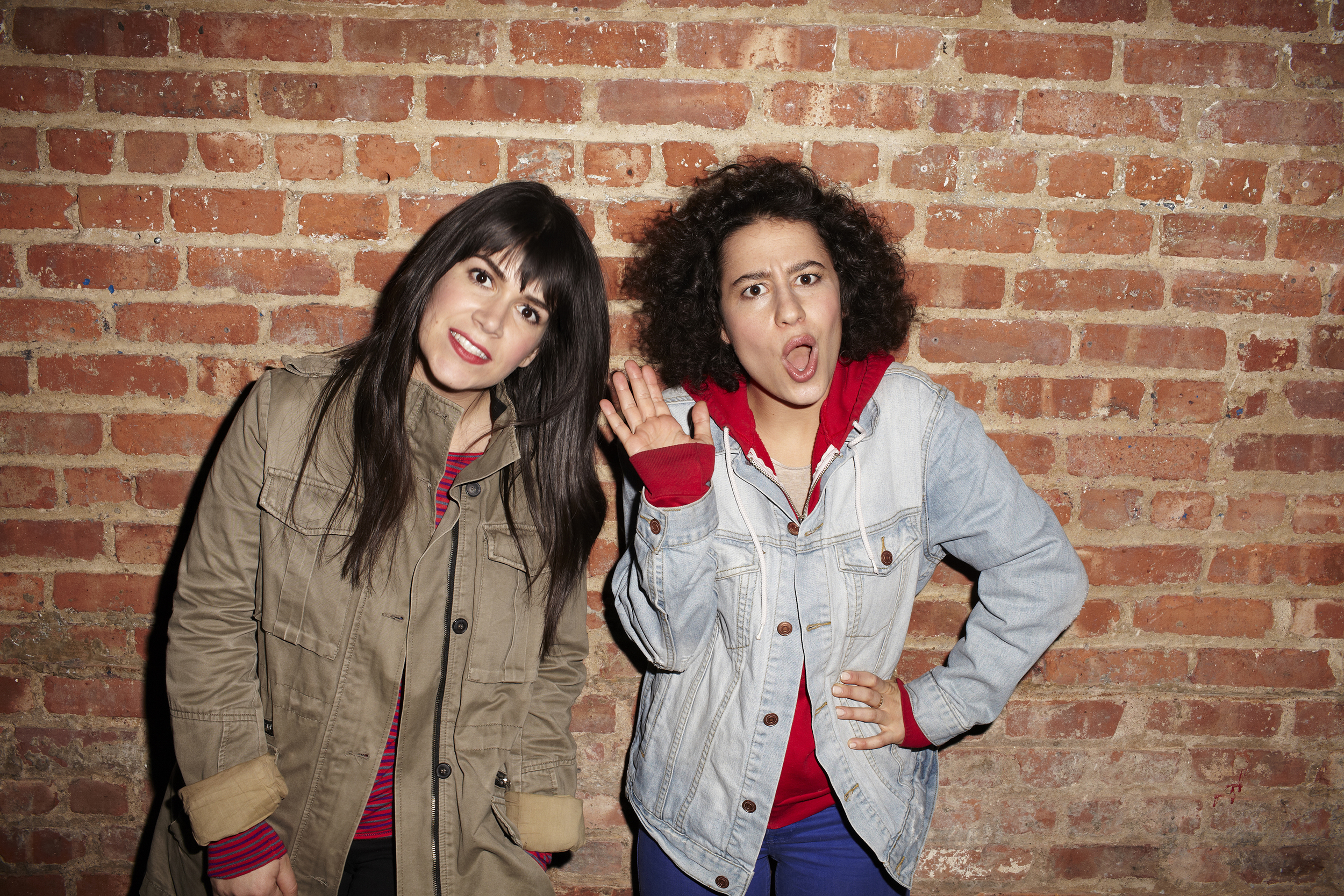 broad-cityabbi-jacobson-ilana-glazer-photocreditlane-savage.jpg