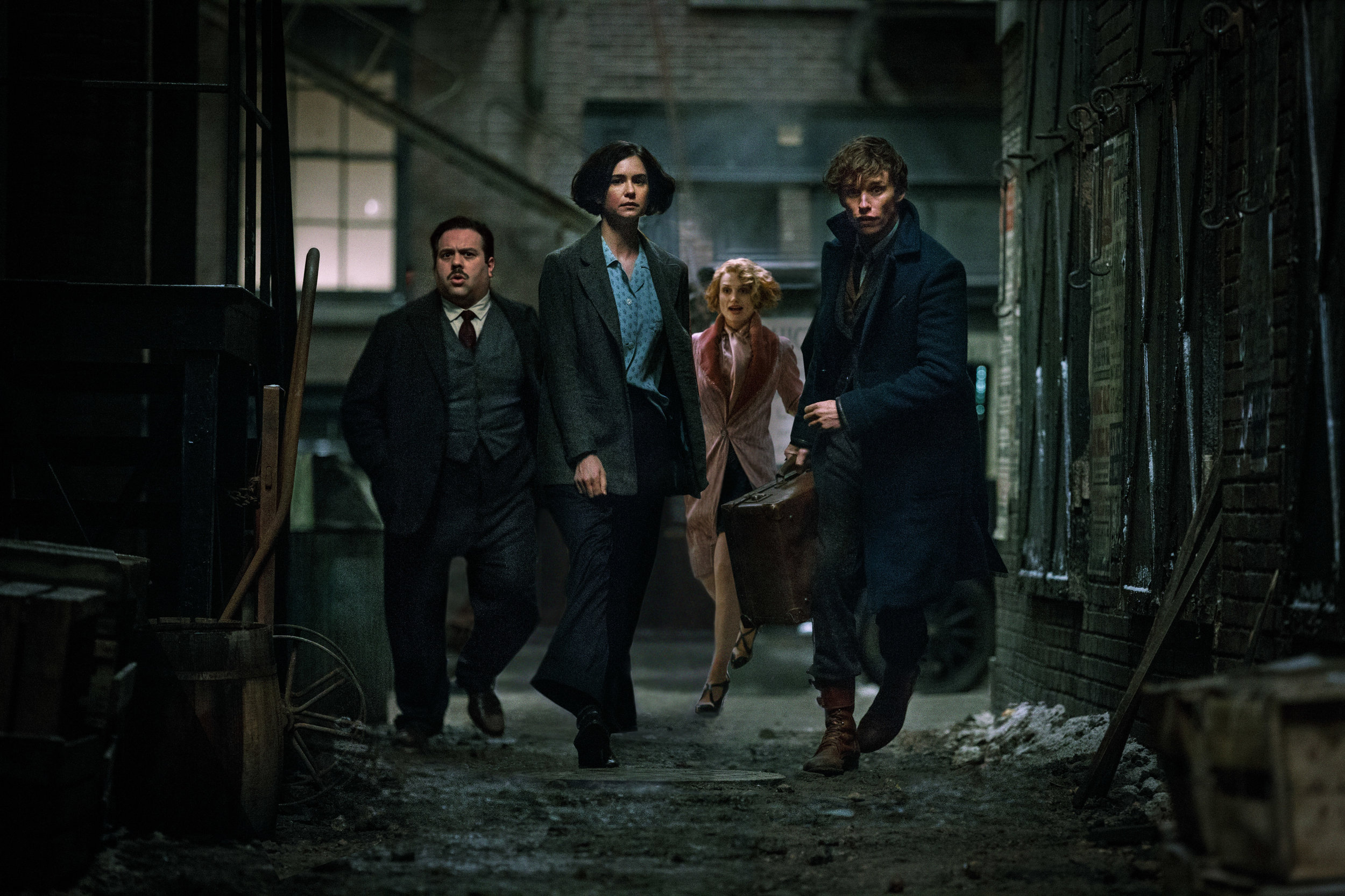 fantastic-beasts-and-where-to-find-them-movie-cast.jpg