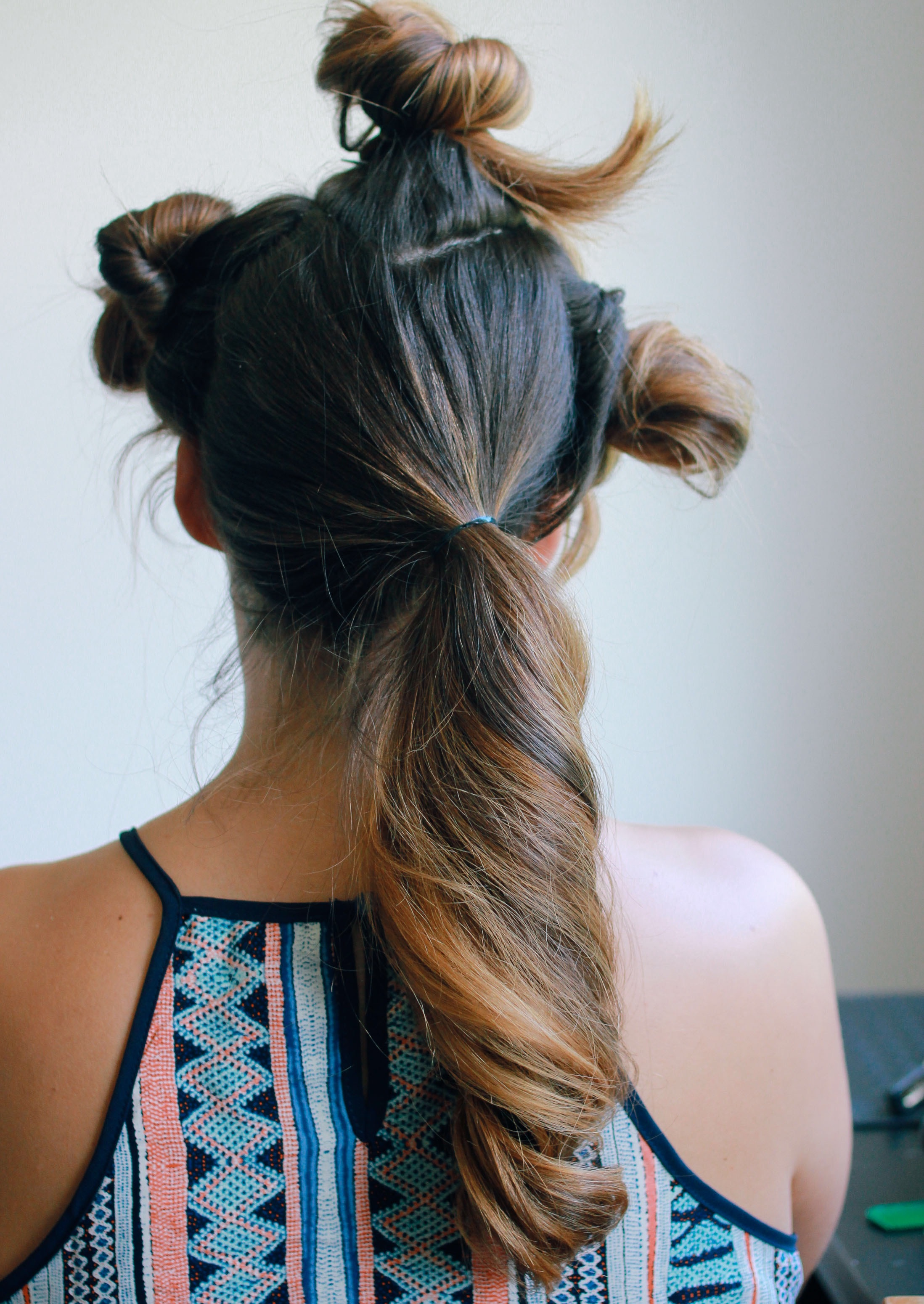 Low side ponytail