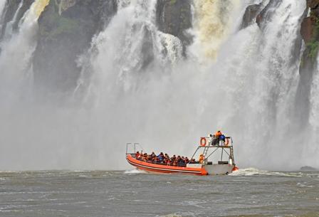 IGUASSU-FALLS-ARGENTINIAN-GUIDED-TOURS.jpg