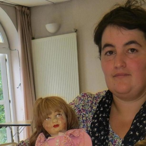 Frédérique Gilles, a French schoolteacher, will present the dolls to a Holocaust museum in Paris.
