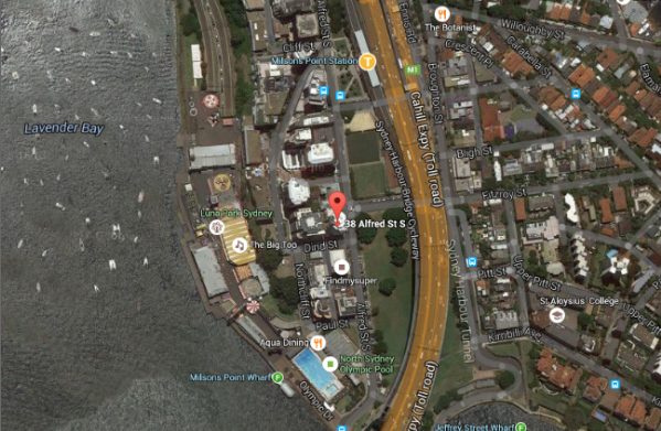 Street Parking Available  - We are located at 38 Alfred St. Milsons Point (just up the road from Luna Park!) There is a train station out the front and there is plenty of on street parking available.