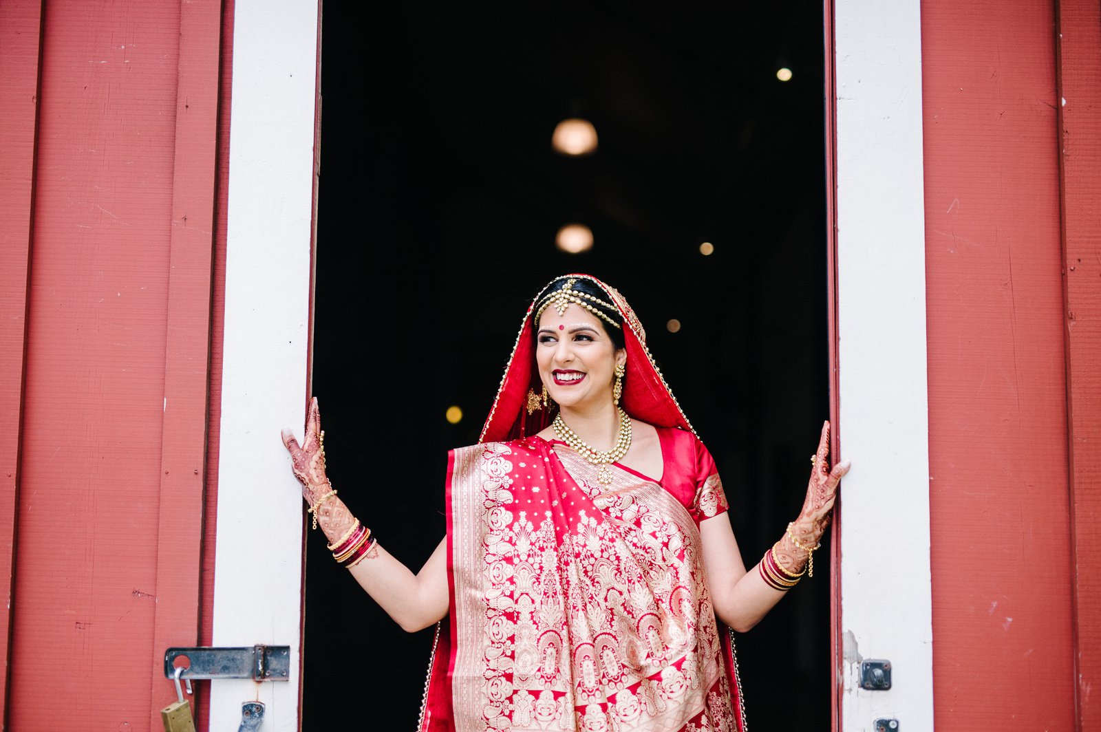 Pickering-Barn-Indian-Wedding-049.jpg