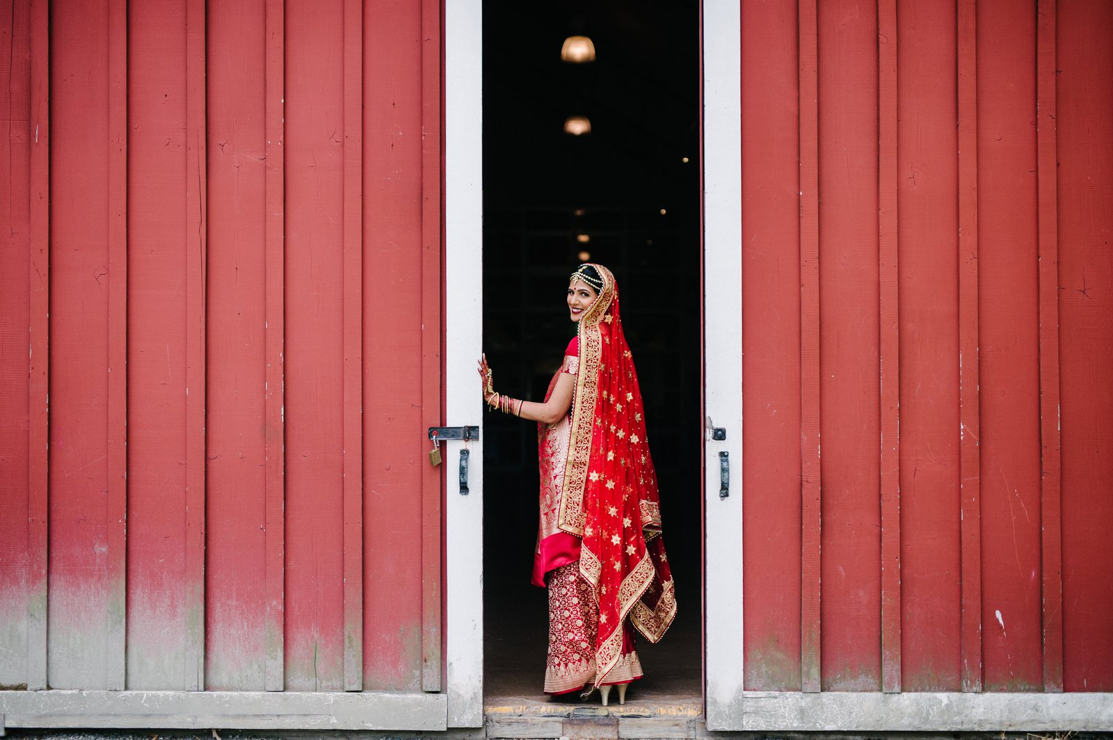 Pickering-Barn-Indian-Wedding-050.jpg