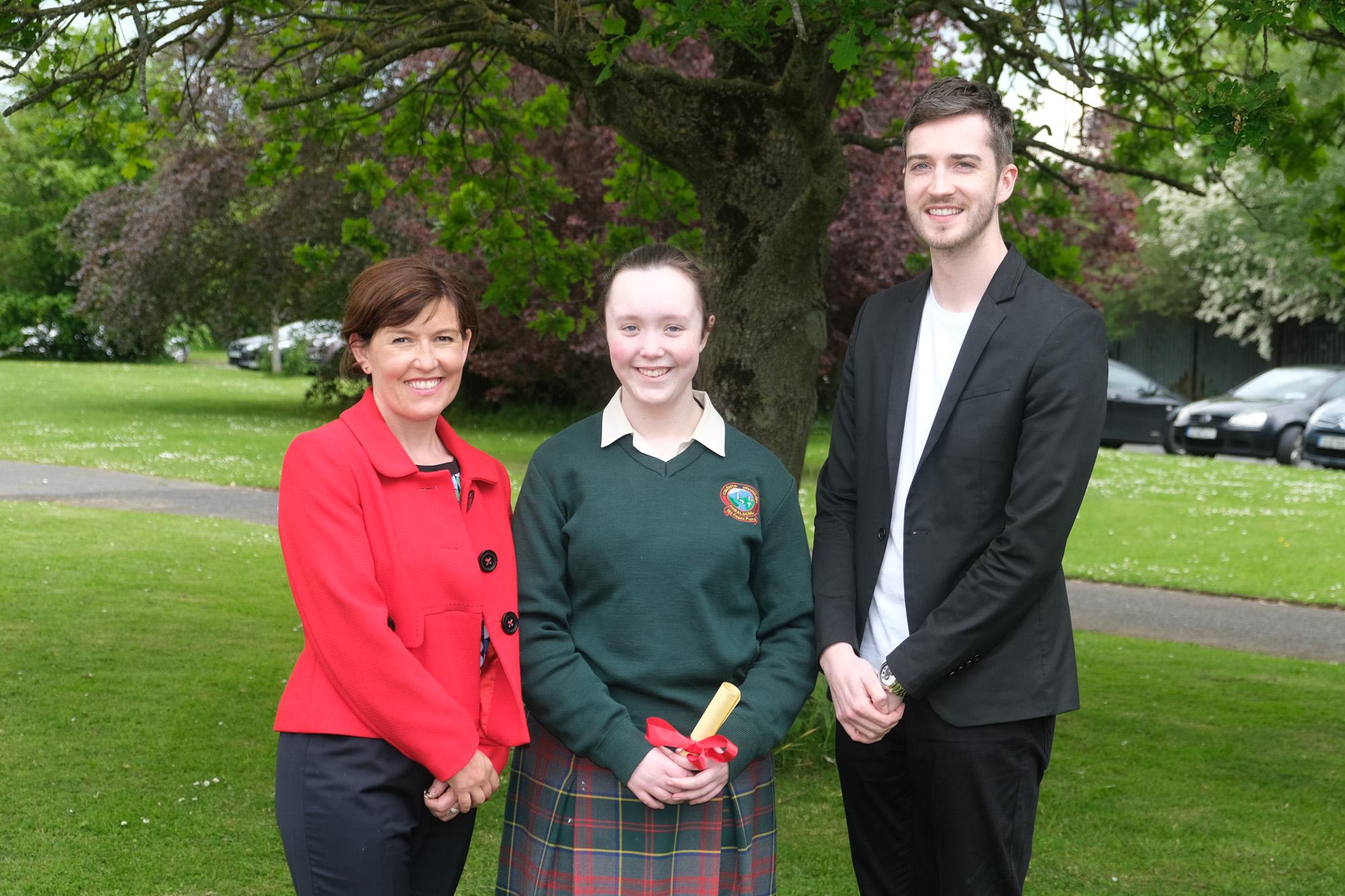 Spirit of Colaiste Chiarain  Louise Doran, Nia Dunne, Evan Kirwan.