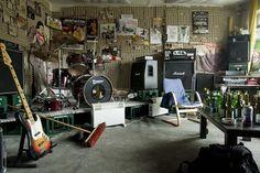 band rehearsal room2.jpg