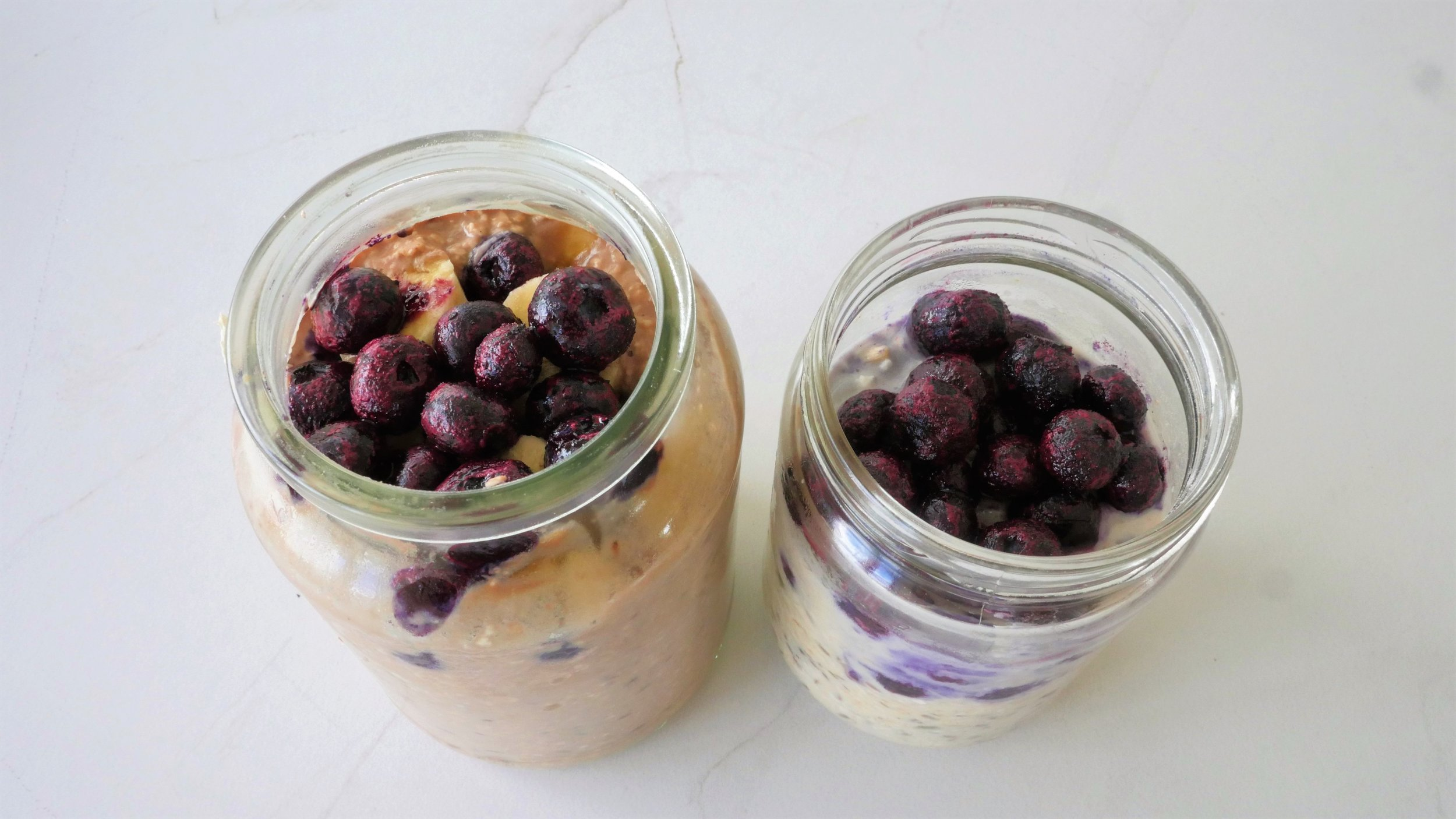 His & Her Overnight Oats - Natalie Brady Auckland Nutritionist!.jpg