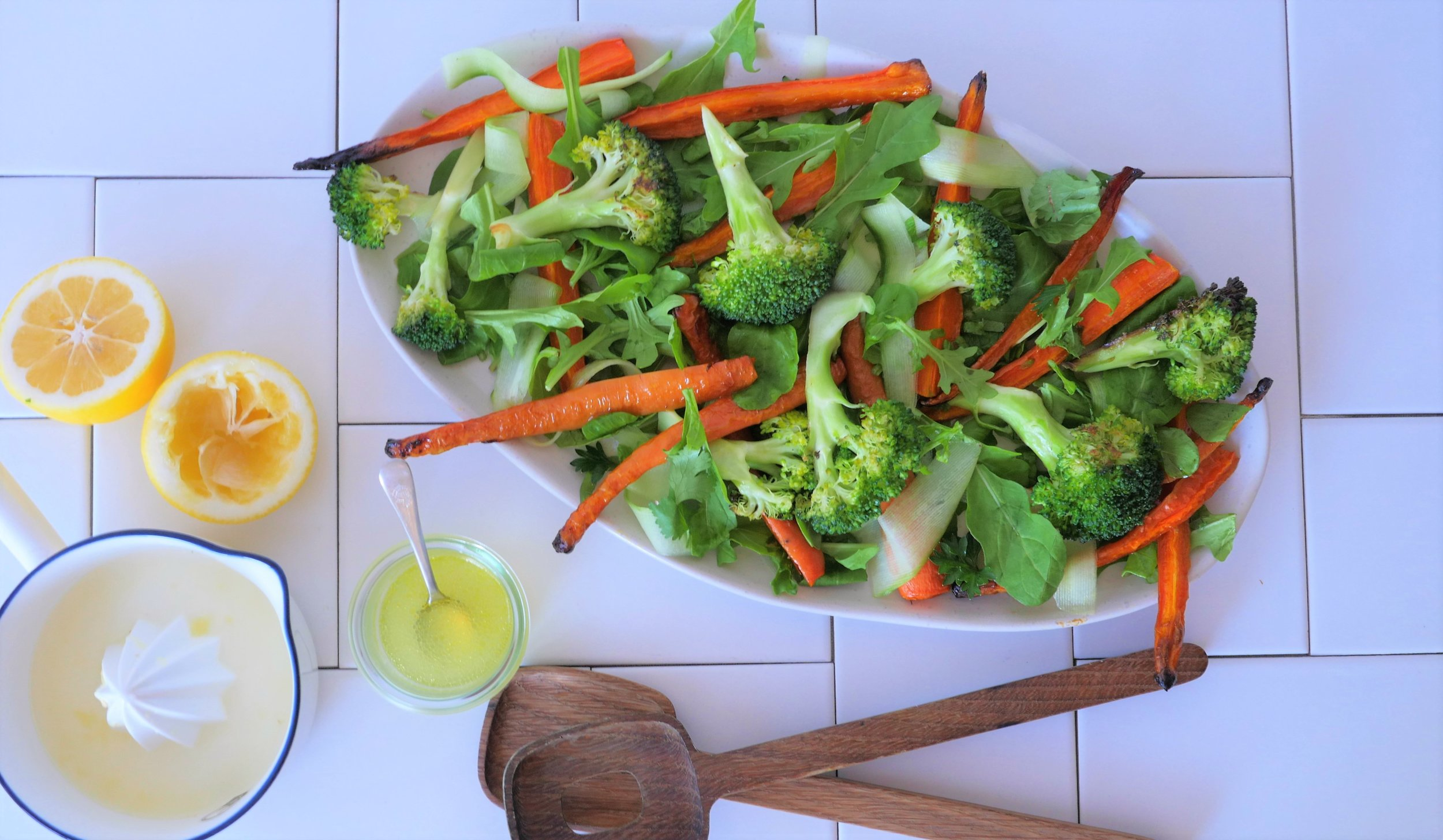 Liver loving salad with roasted carrot.jpg