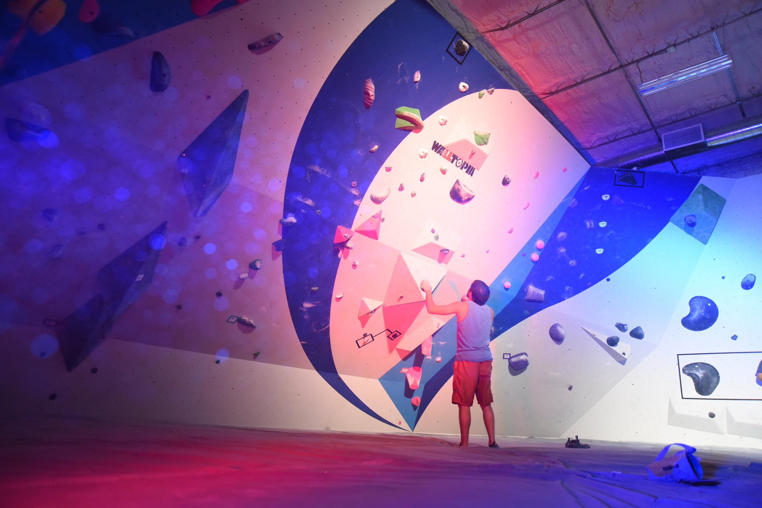 Finals During a Summit Bouldering Series Competition