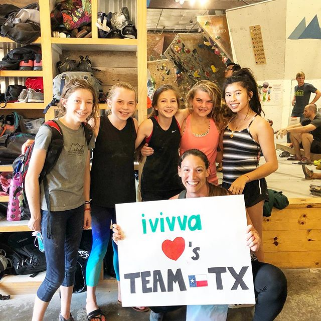 Thank you @ivivva_northpark for bringing goodies for the girls and wishing us good luck 💕 Team Texas is heading down to Houston today for Divisionals, we can't wait! 51 athletes competing in sport 💪