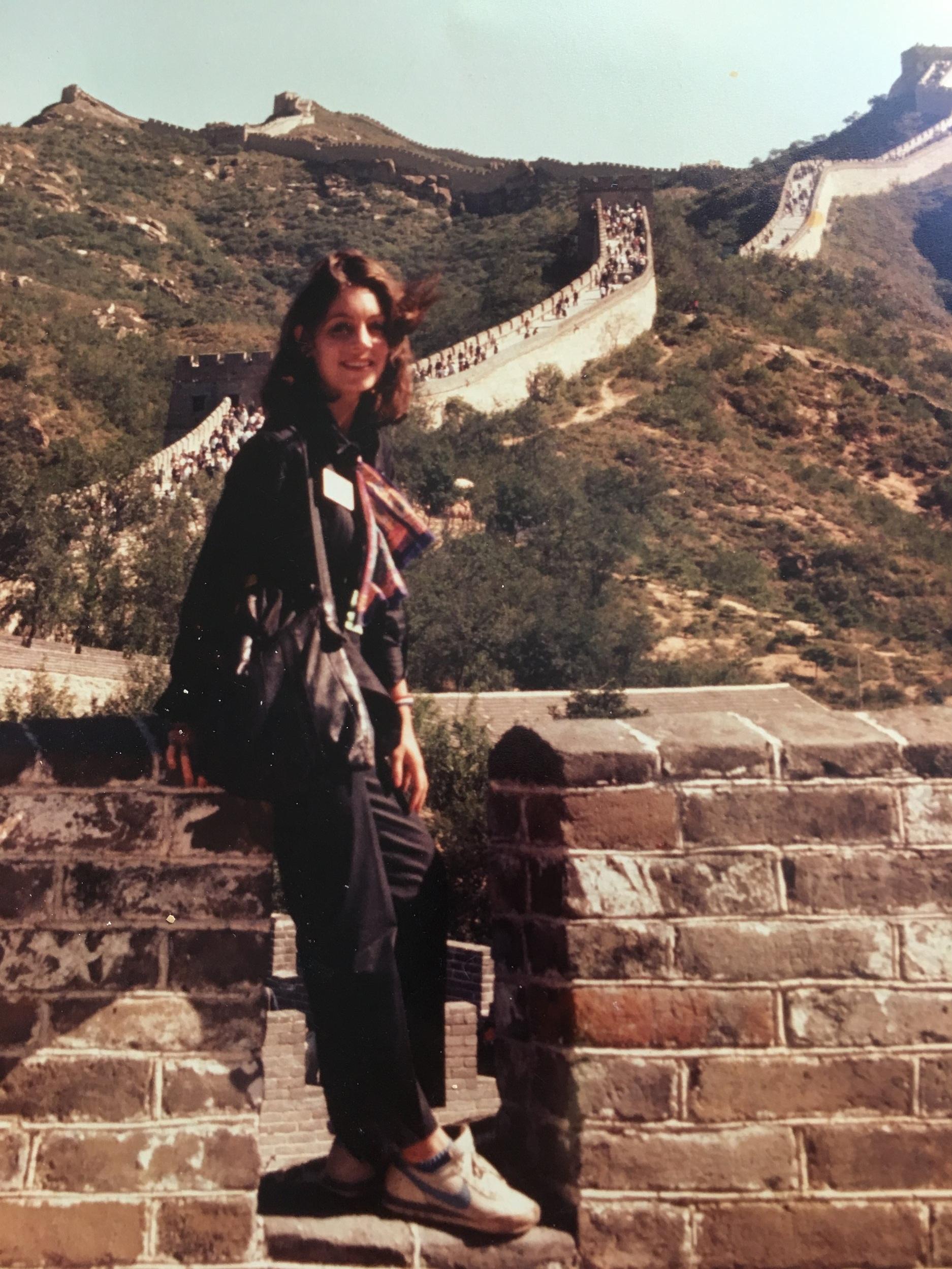 photo+Bonnie+great+wall+1981.jpg