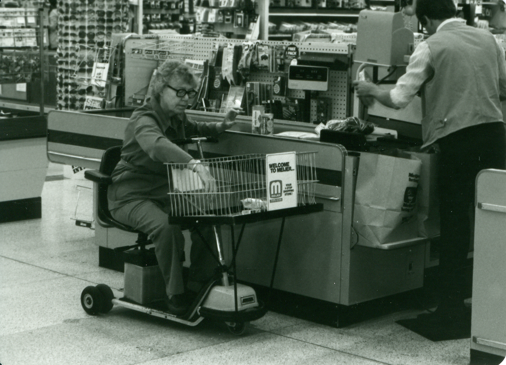 Amigo Motorized Shopping Carts-Mrs. David Klein, 19800001.jpg