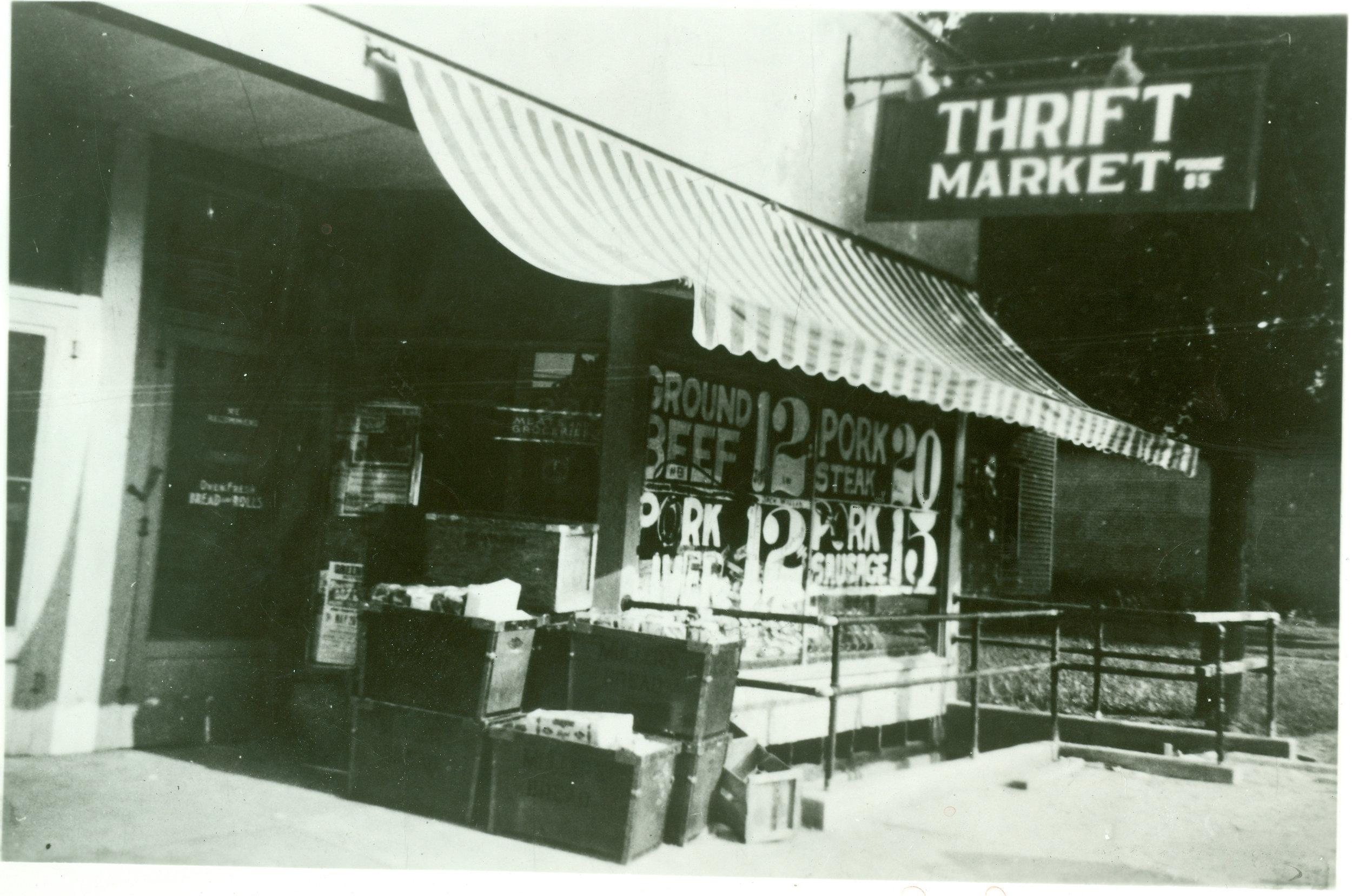 Store001_1937 copy.jpg