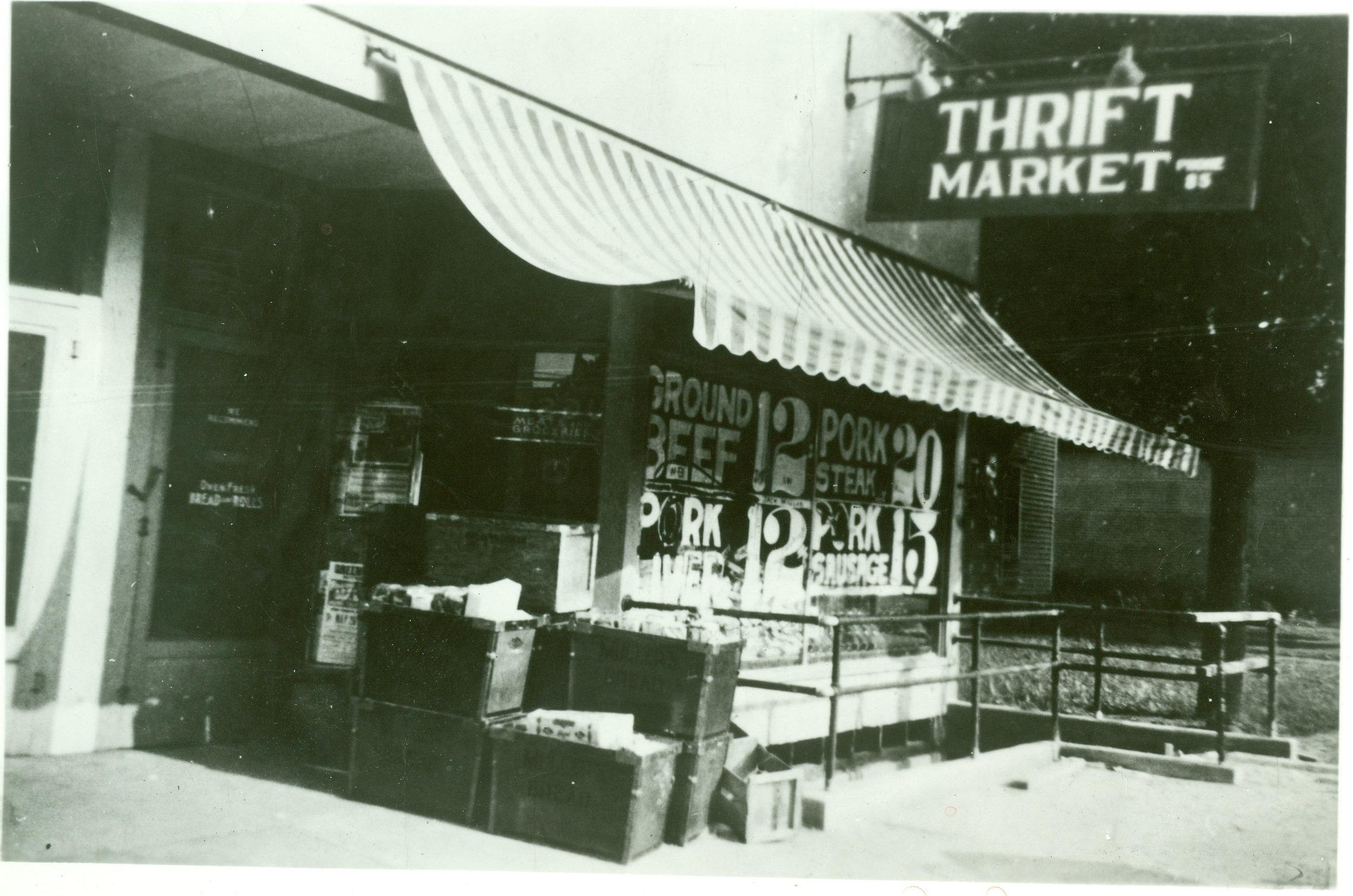 Store001_1937.jpg