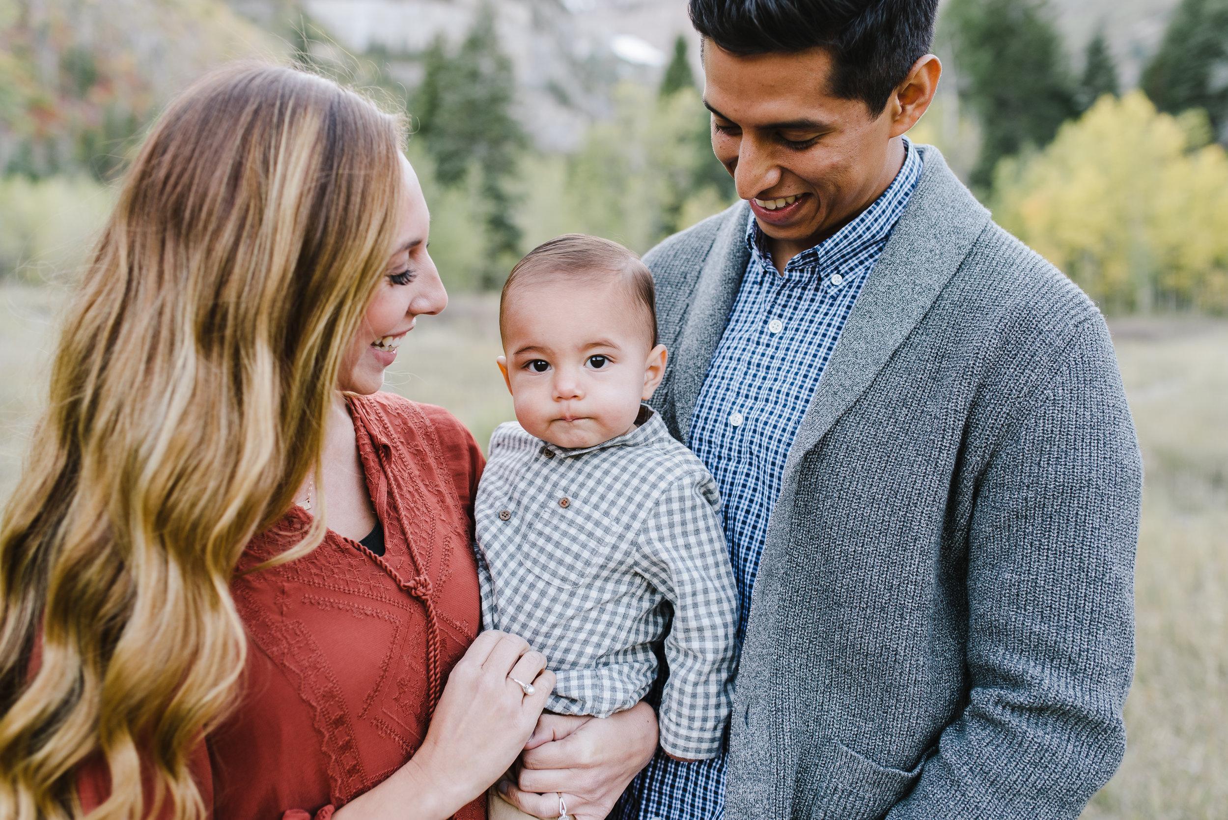 Robledo Family-20.jpg