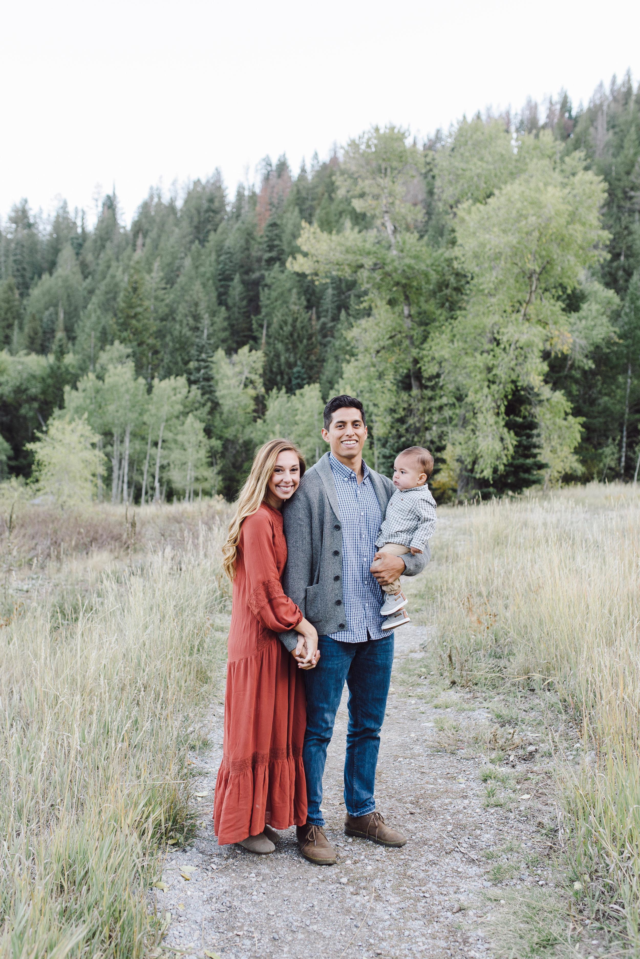 Robledo Family-112.jpg