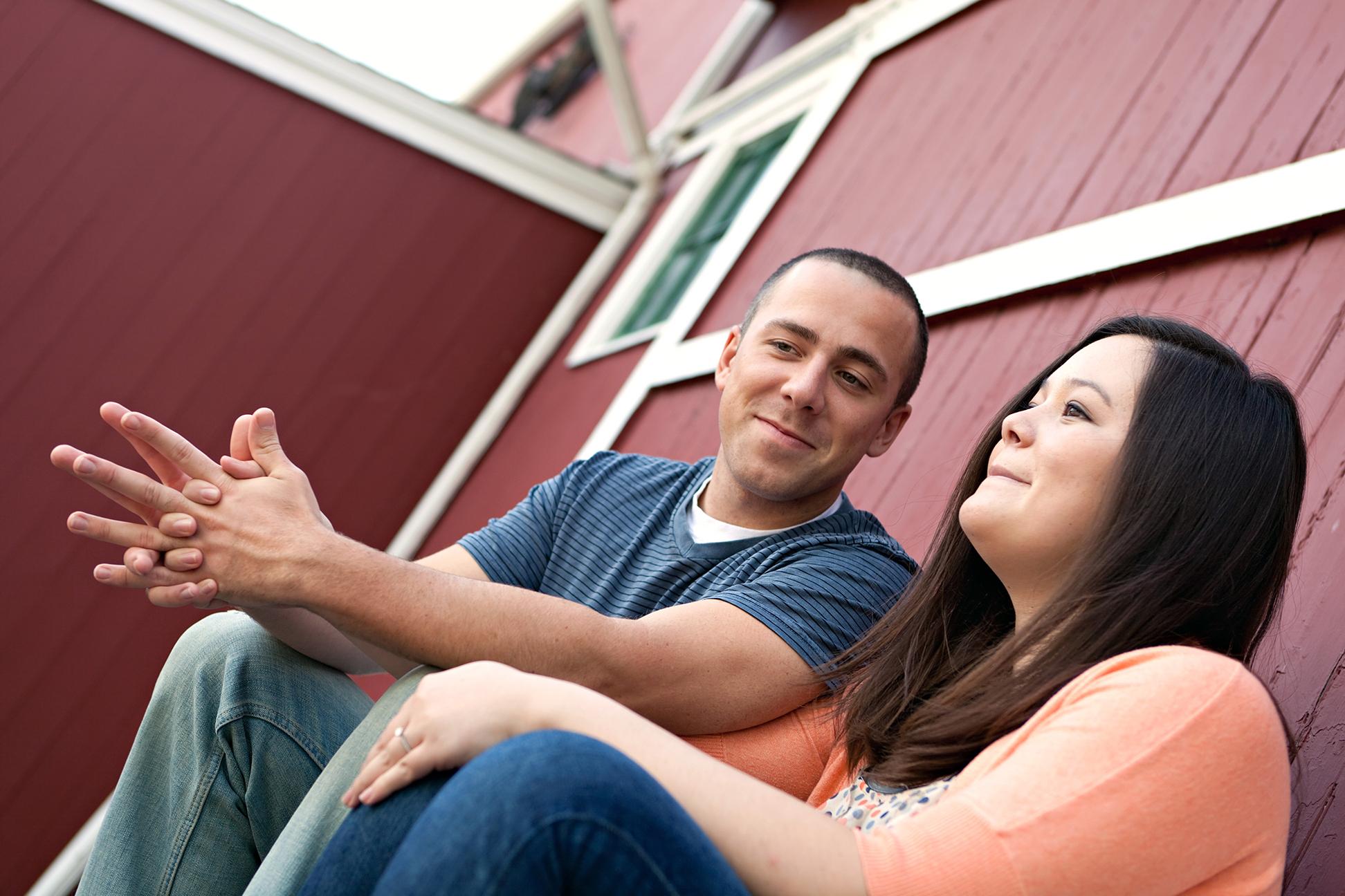 young-happy-couple-enjoying-each-others-company-outdoors_rF4N-9Rri.jpg