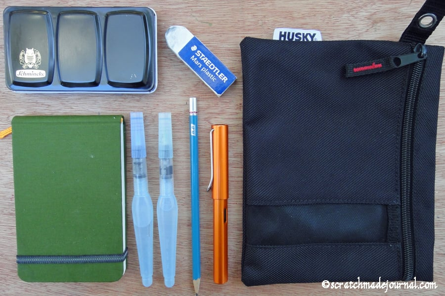Contents of my minimalist watercolor field kit - scratchmadejournal.com