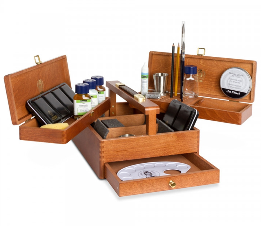 The Schmincke Horadam Luxury Chest is a top 10 watercolor gift for artists - ScratchmadeJournal.com