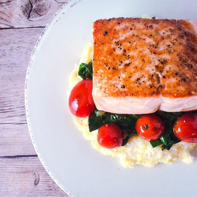 6 ingredient salmon & polenta