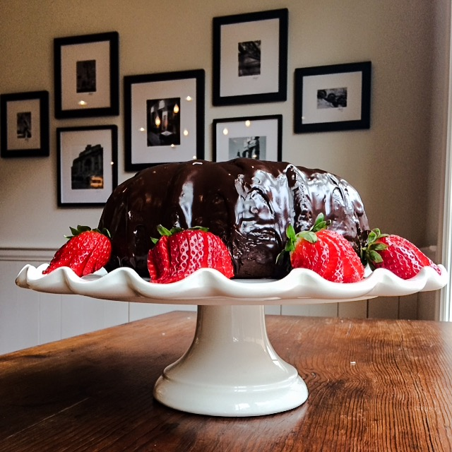 WORLD'S EASIEST CHOCOLATE CAKE
