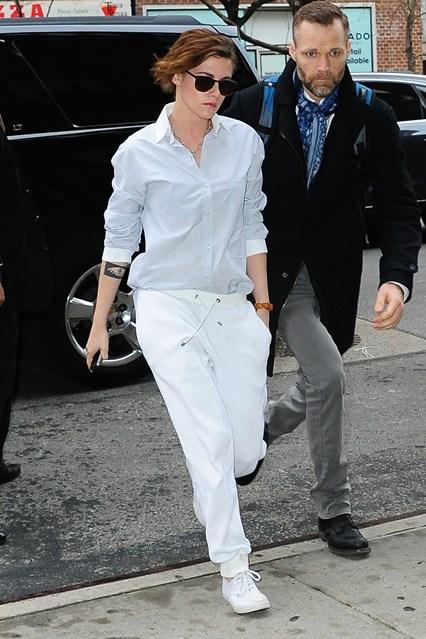 Kristen Stewart fue la primera   celebritie  en usar esta marca gracias a la recomendación de su estilista, Tara Swennen.