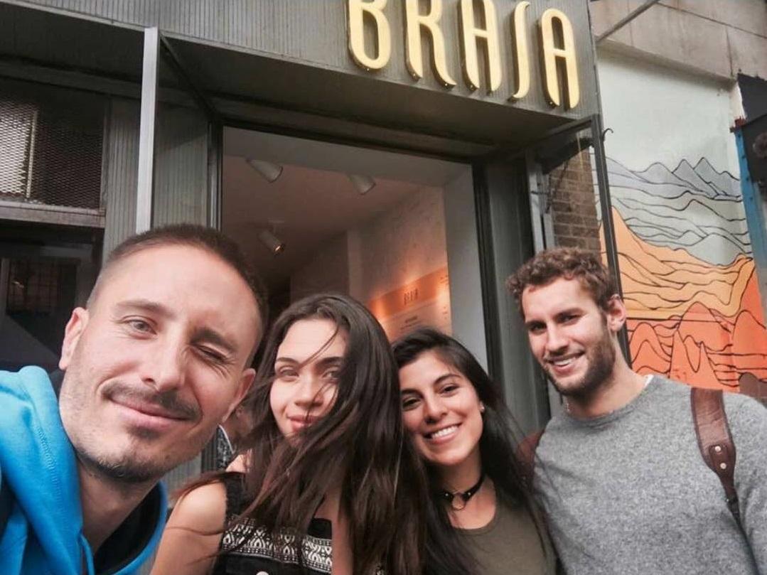 Milan Kelez, Paula Montes, Laura Cuadros y Franco Noriega en Baby Brasa.