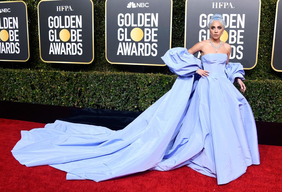 1546829388-Gaga-dress.jpg
