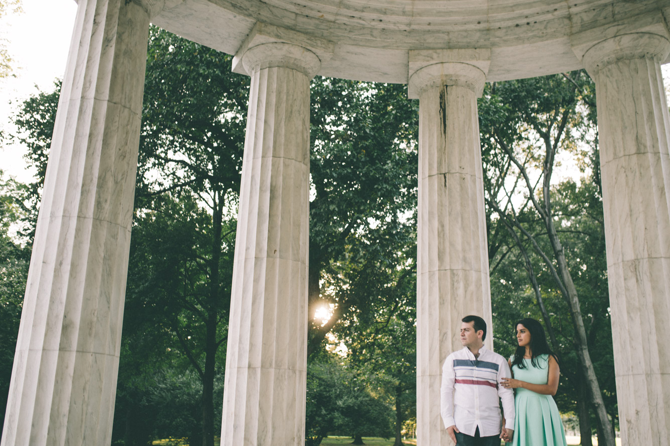 engagement session washington dc mall dc war memorial sunset 1.jpg