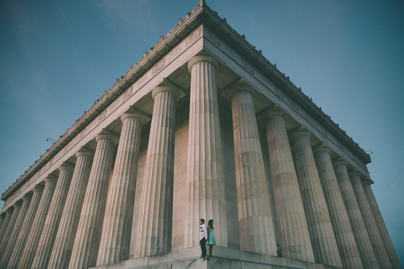 engagement session washington dc mall lincoln memorial.jpg
