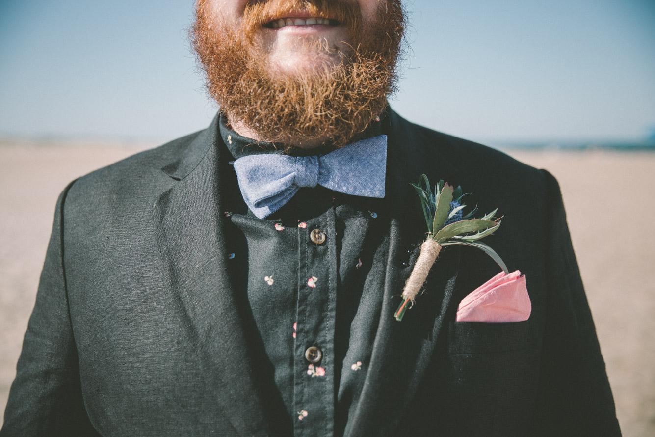 groom bow tie boutenier.jpg