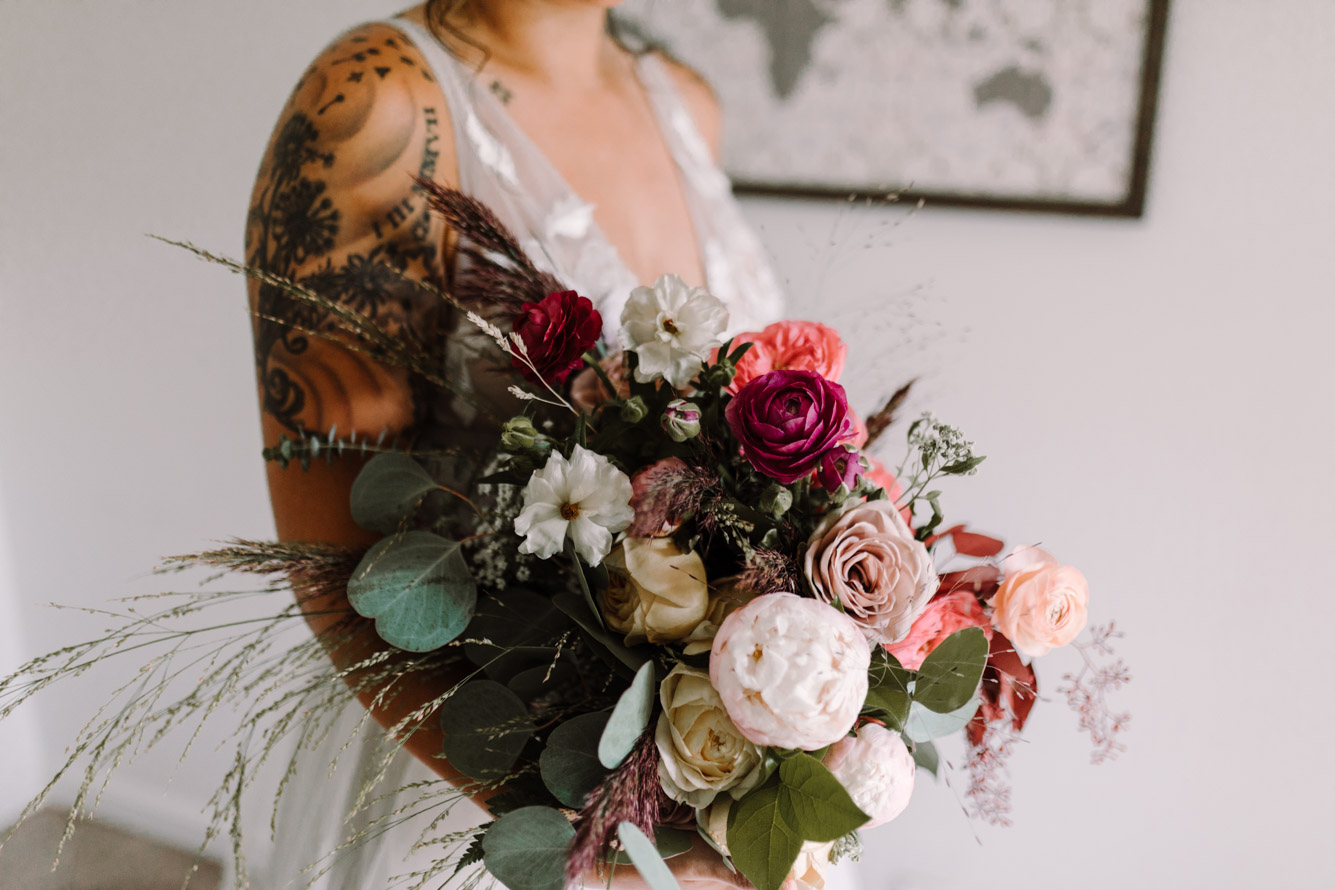 barbara O photography dc md camp wedding photographer thurman and fig bouquet.jpg