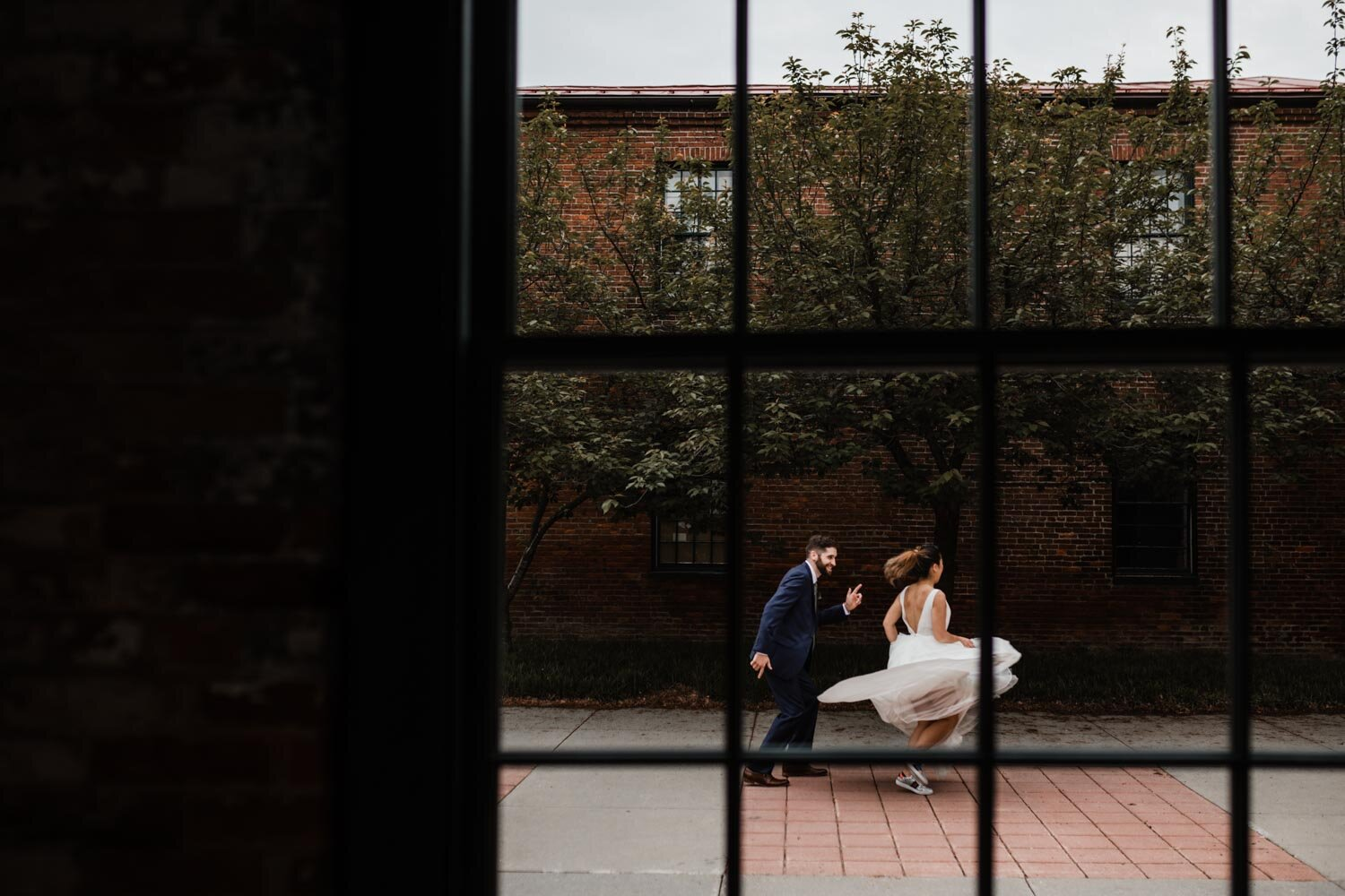 Mt Washington Mill Dye House industrial Baltimore wedding by Barbara O Photography-37.jpg