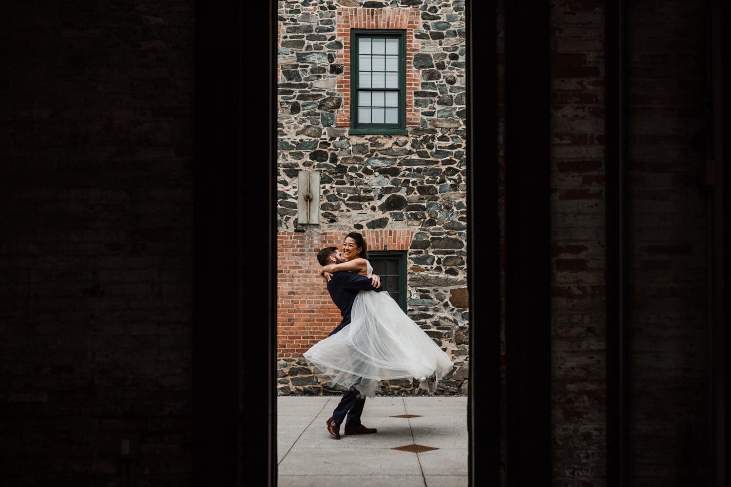 Mt Washington Mill Dye House industrial Baltimore wedding by Barbara O Photography-38.jpg