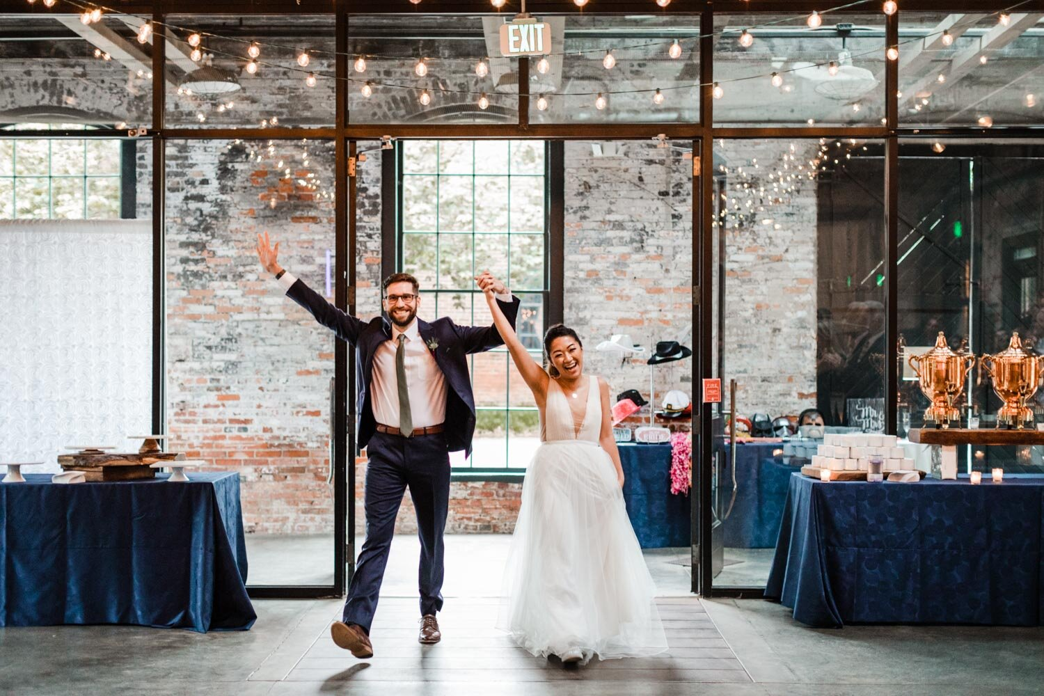 Mt Washington Mill Dye House industrial Baltimore wedding by Barbara O Photography-40.jpg