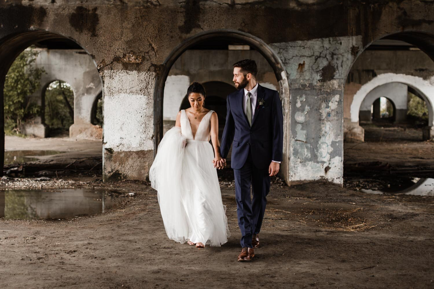 Mt Washington Mill Dye House industrial Baltimore wedding by Barbara O Photography-146.jpg