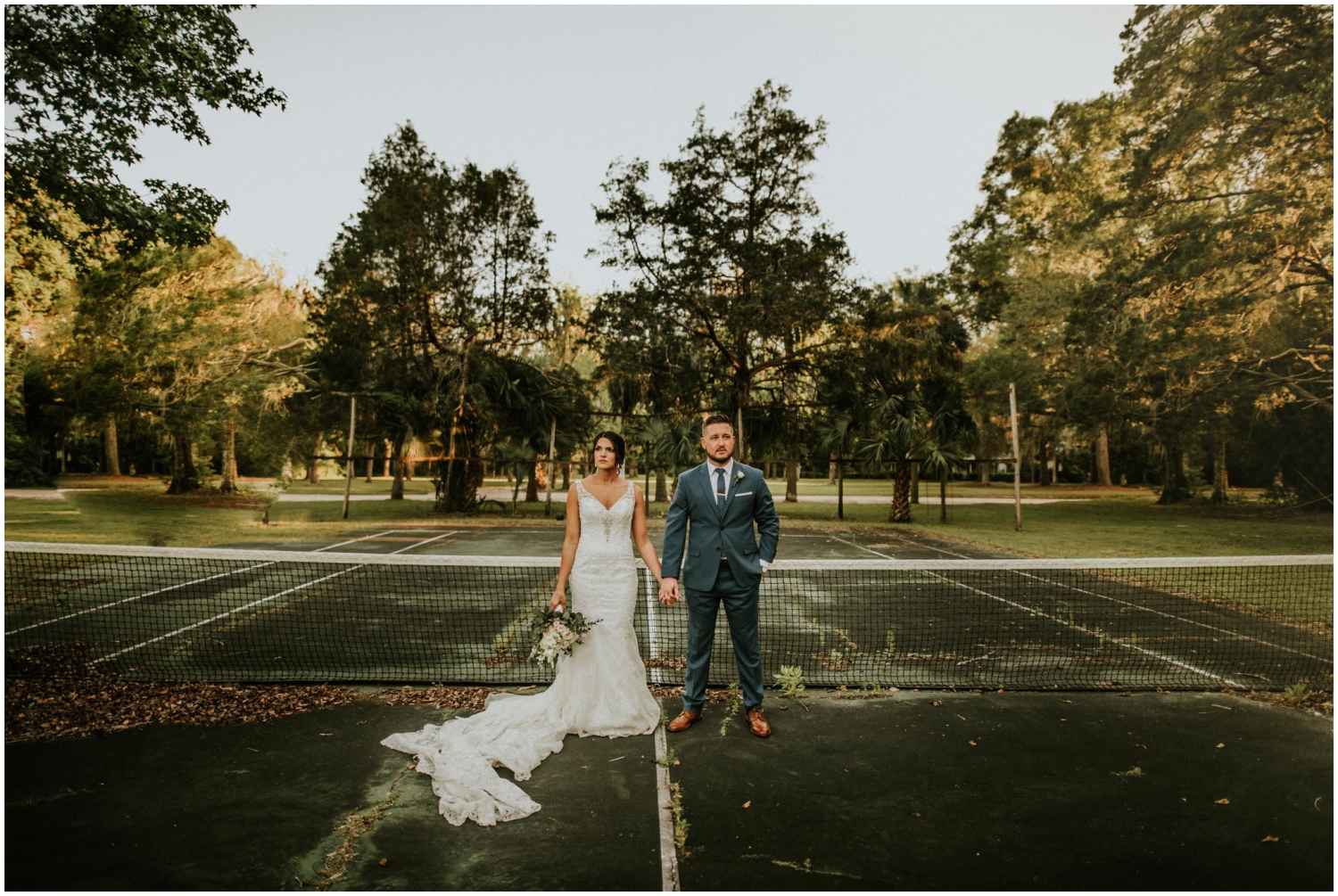 bride and groom tennis court