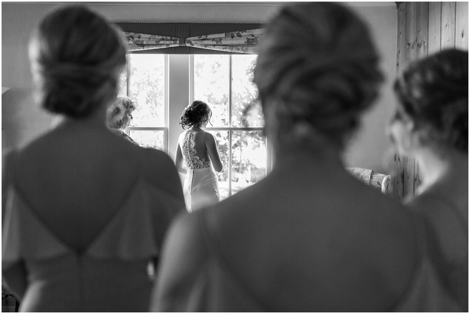 Bride getting ready for her Florida Wedding
