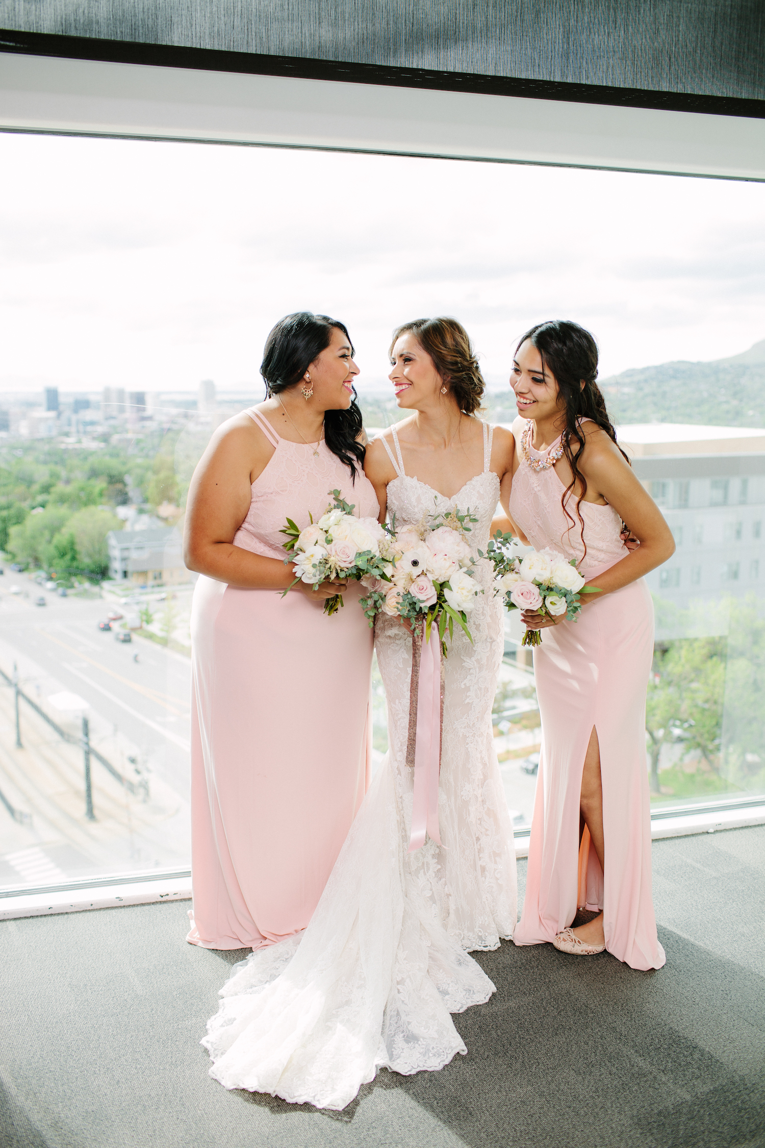 bride-bridesmaids-bouquets-utah-wedding-florist-tower-rice-eccles-brushfire-photography.jpg