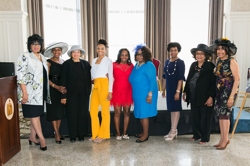 Gwendolyn Lee, past 14th National President, with Chapter President, Jacqueline Lewis along with scholarship sponsors and South Suburban College recipients – Adeline Hodge, Cherise Miskel, and Jasmine Carter – at Hats On 2019, Chair, Joyce Carter, Co-Chair Drain Lewis
