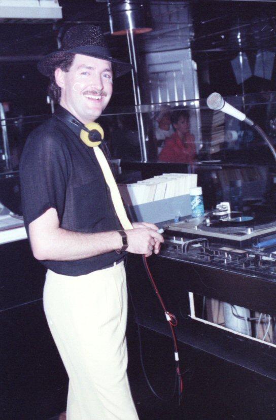 DJ Roscoe.jpg
