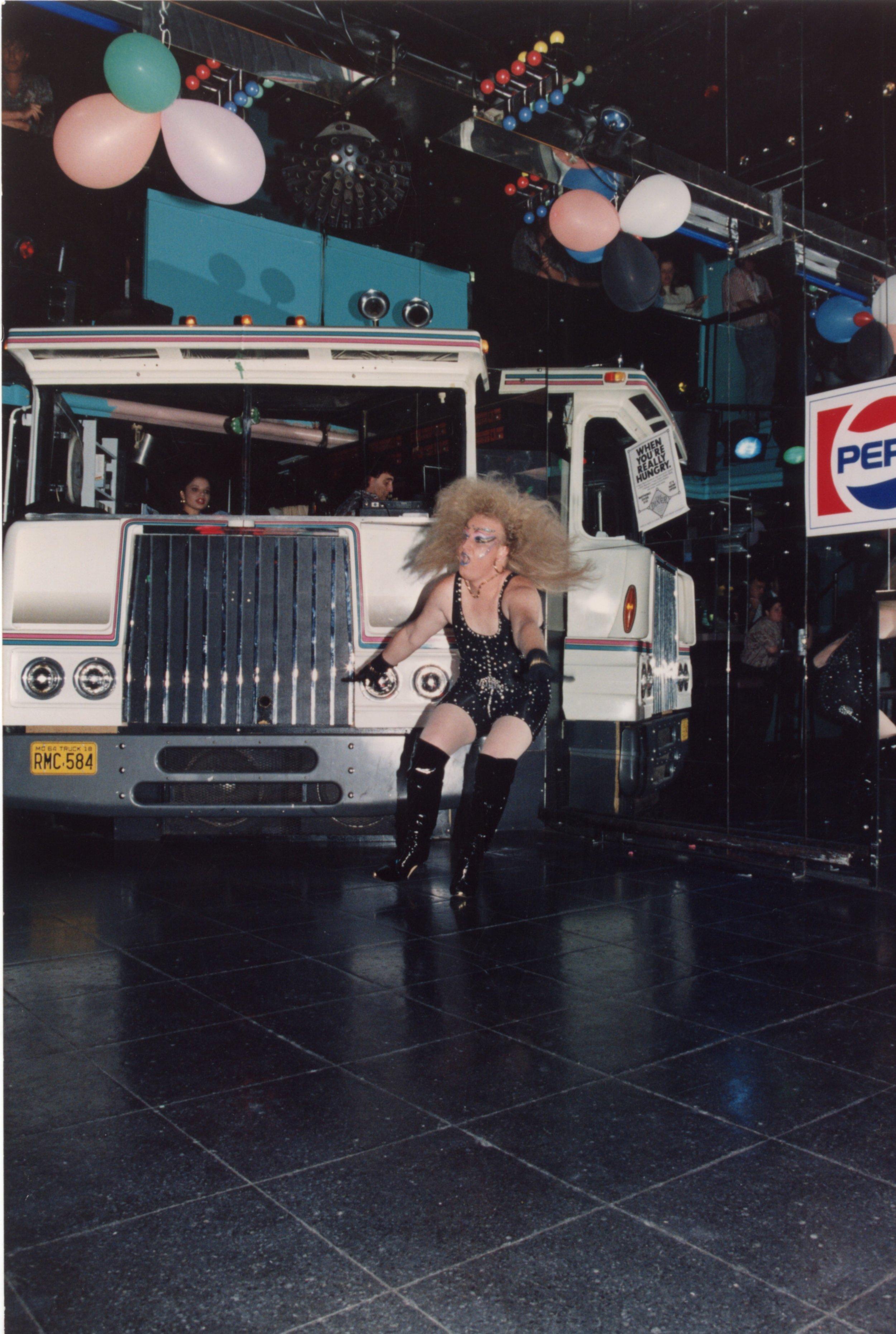 Truck 1sr Floor 1991.jpg