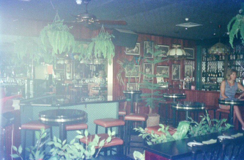 Avenue Restaurant 1.jpg