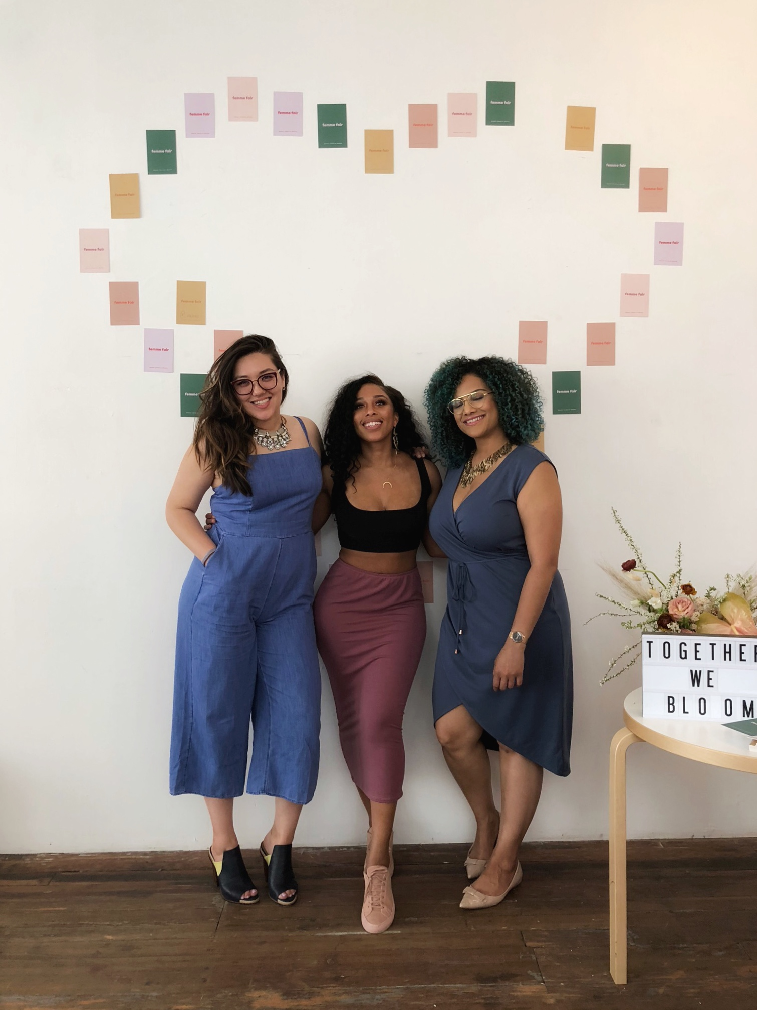 Here I am with my friends @lovechauntie & @stayreddy. You'll see posts from us if you search #femmefairxpeerspace
