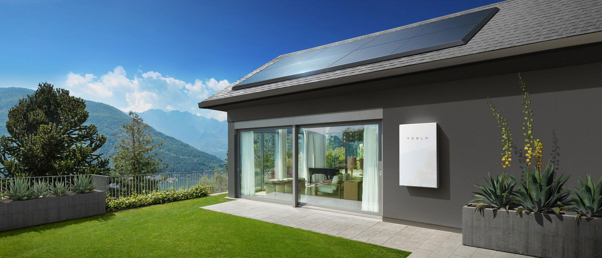 powerwall-house-with-battery-and-panels_new.jpg