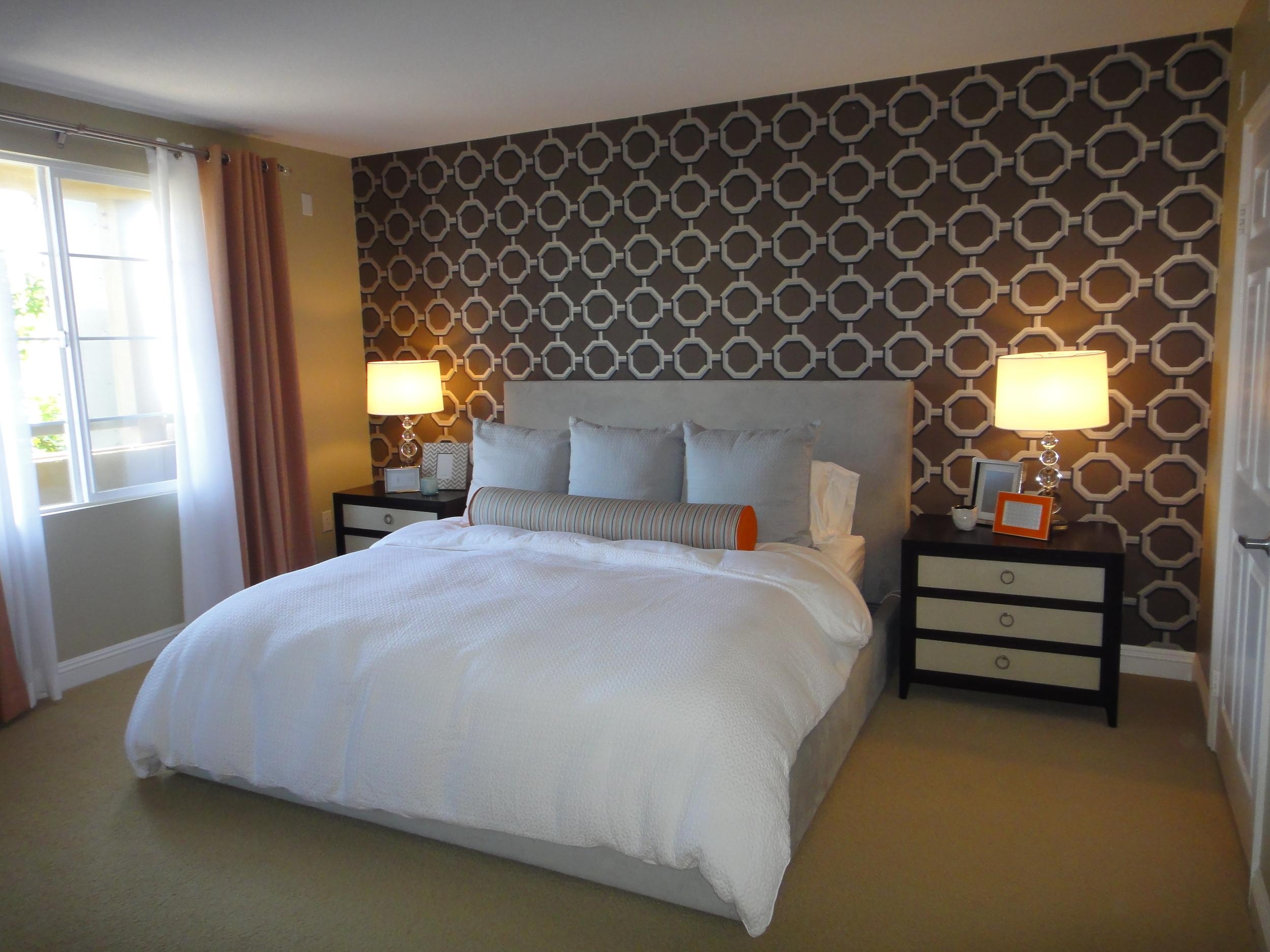 bed & window - 2.JPG