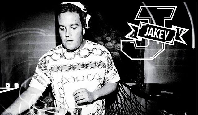 turn it back tues :: playing at @harlotsf :: J Varsity Logo :: one of my proudest career moments was becoming a resident here  _____________ #jakey #sf #deephouse #edm #indiedance #dance #ghouse #tropicalhouse