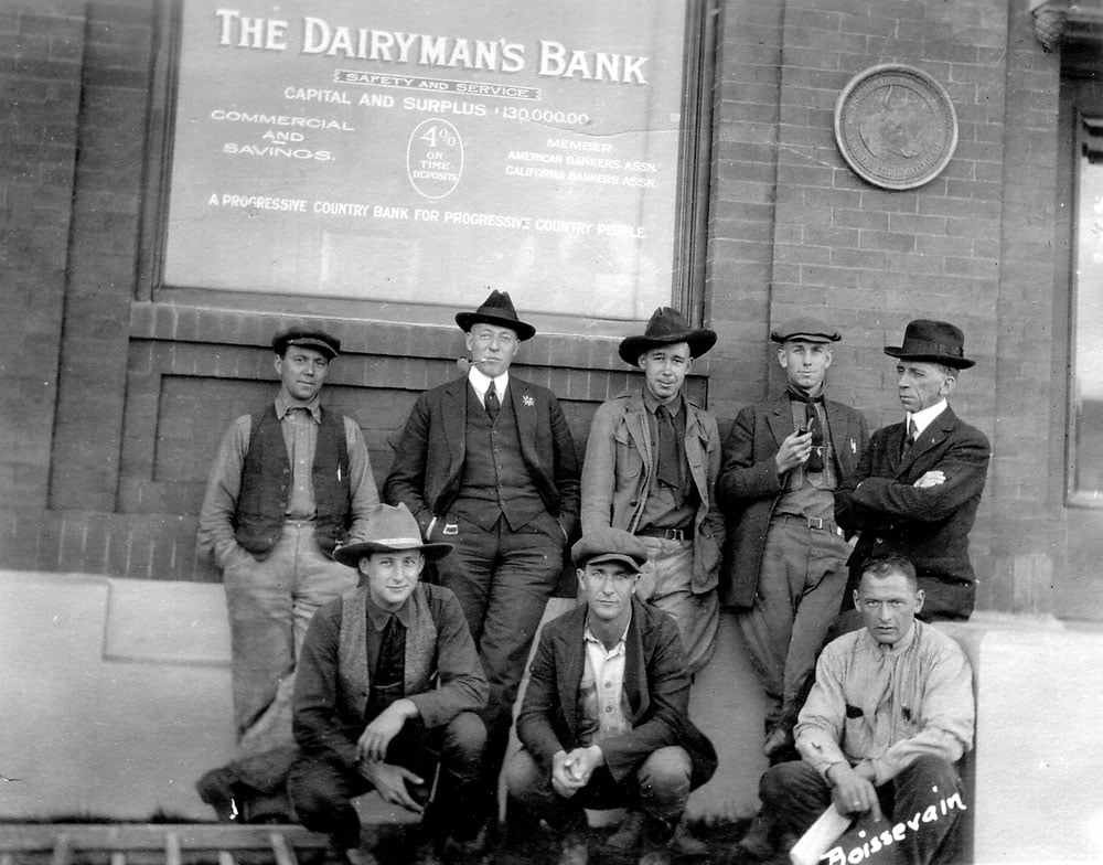 men at VF Dairymen's Bank0350.jpg