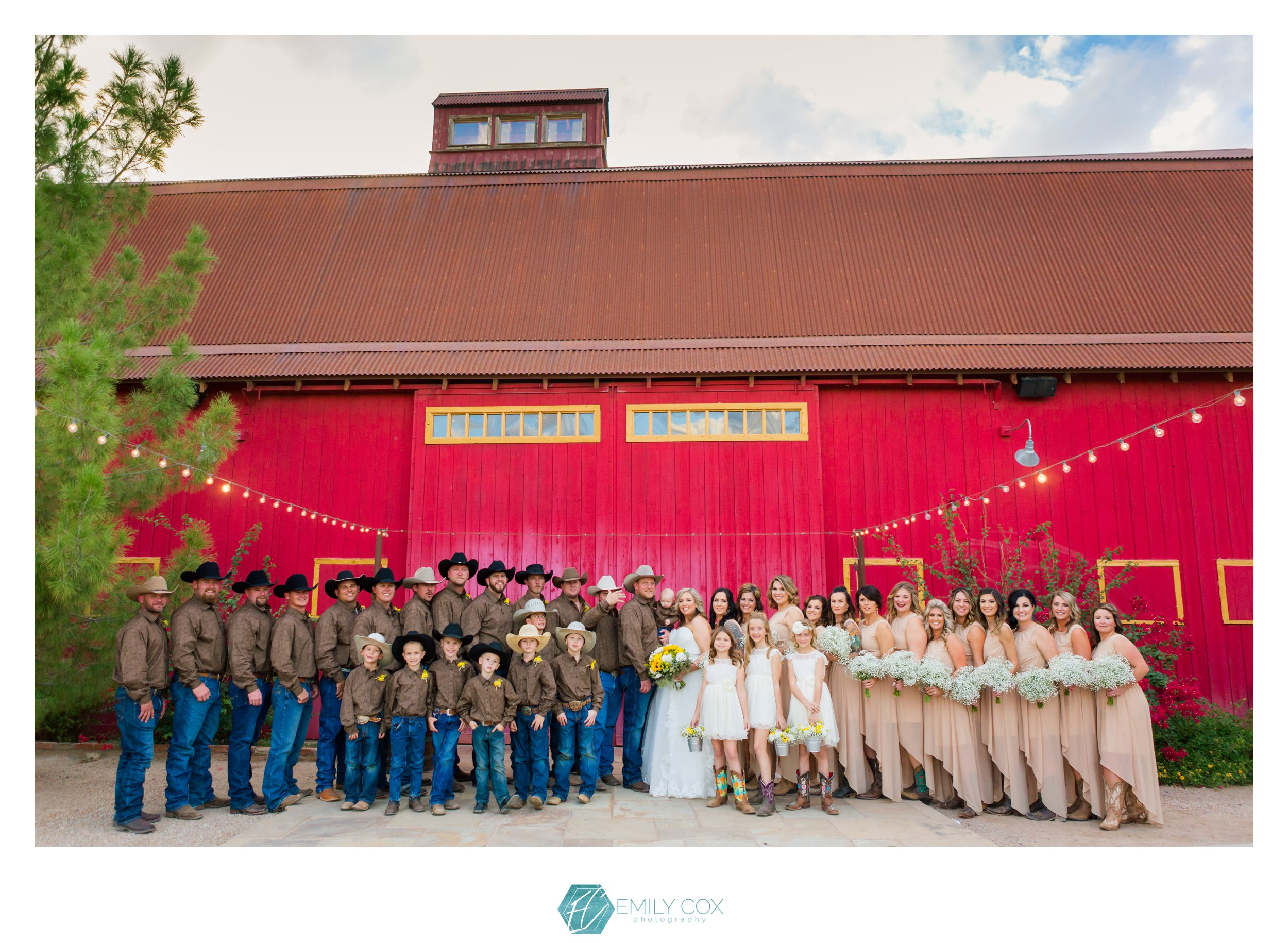 The Windmill Winery | Rustic Barn Wedding