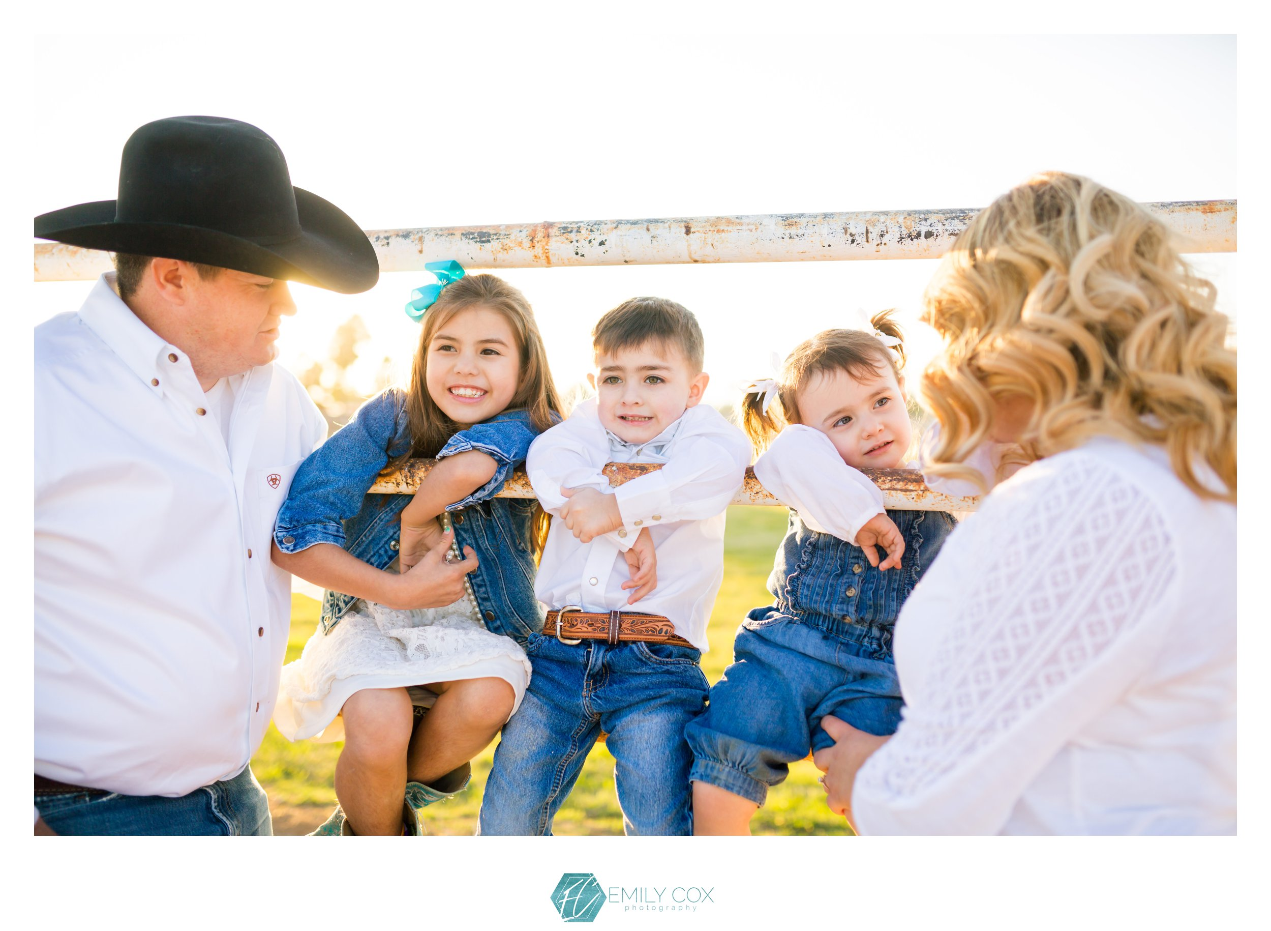 Western Family Photos | Dunns Arena